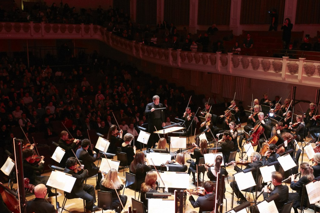 'The AI … is always ready to work': Lucas Cantor Collaborates with AI to Complete Schubert's 8th Symphony